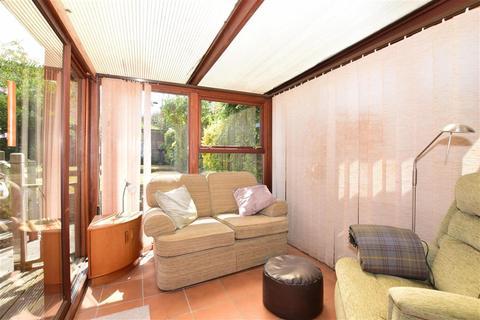 3 bedroom link detached house for sale - Primrose Lane, Shirley Oaks Village, Croydon, Surrey