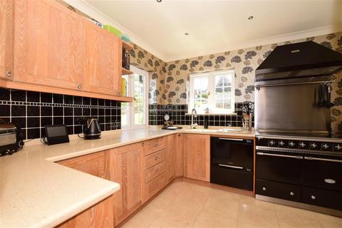 3 bedroom semi-detached house for sale - Pollyhaugh, Eynsford, Dartford, Kent