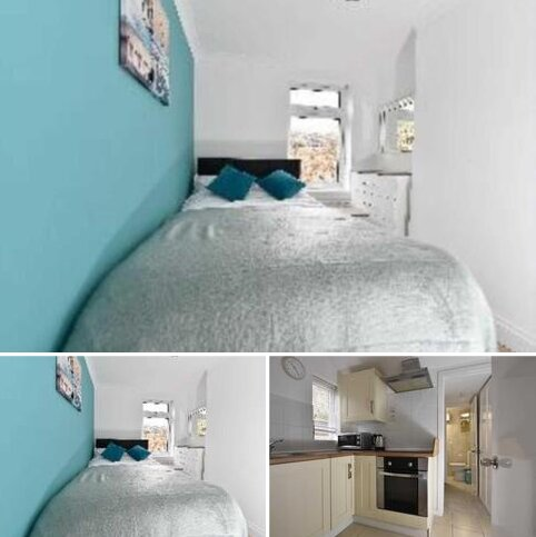 Semi detached house to rent - Valentia Road, Reading