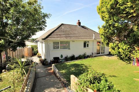 2 bedroom detached bungalow for sale - Hamble Road, Oakdale, POOLE, Dorset
