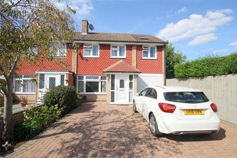 6 bedroom semi-detached house for sale - Stroud Way, ASHFORD, Surrey