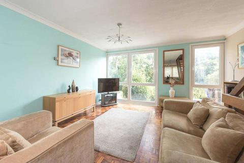 3 bedroom terraced house for sale - Woodquest Avenue, Herne Hill