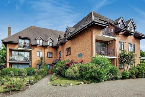 3 bedroom apartment for sale - Langley Court, Raleigh Close, Hendon, NW4
