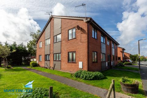 1 bedroom ground floor flat for sale - St Davids Grove , Lytham , St Annes