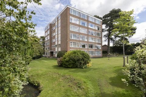 3 bedroom ground floor flat for sale - Withyholt Court, Charlton Kings, Cheltenham GL53 9BQ