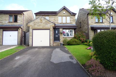 3 bedroom detached house for sale - Hawthorne Way, Shelley, Huddersfield, West Yorkshire, HD8