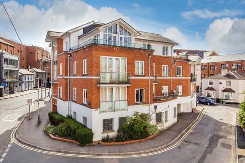 2 bedroom penthouse for sale - Goods Station Road, Tunbridge Wells, TN1