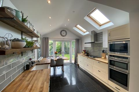 2 bedroom semi-detached house for sale - Turnberry Drive, York, YO26