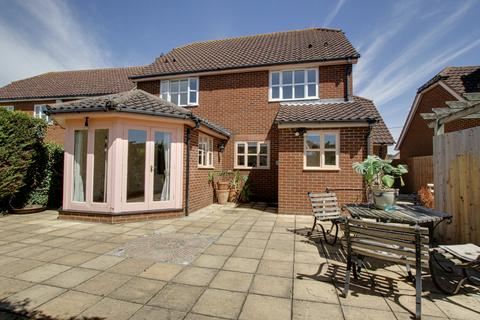 4 bedroom detached house to rent - Old School Lane, Stanford