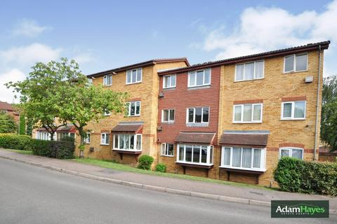 1 bedroom ground floor flat for sale - Greenway Close, Friern Barnet, N11