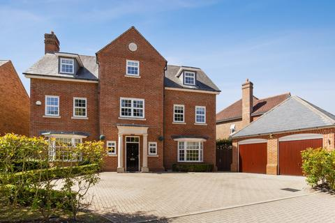 6 bedroom detached house to rent - Highgrove Avenue, Ascot, Berkshire