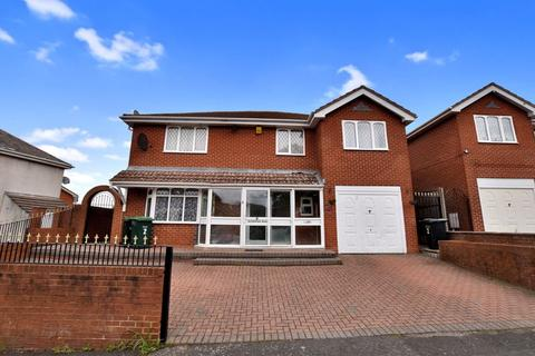4 bedroom detached house to rent - Richmond Hill, Oldbury