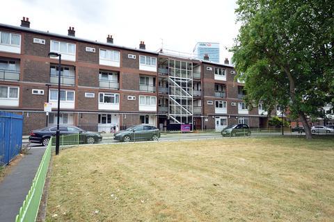 3 bedroom flat for sale - Smythe Street, London, e14