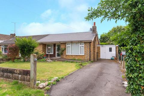 2 bedroom bungalow for sale - Aston Clinton