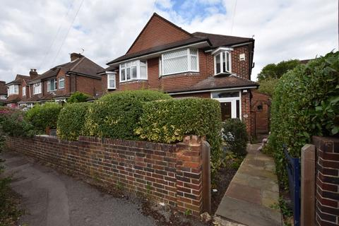 3 bedroom semi-detached house to rent - Manor Road, Guildford