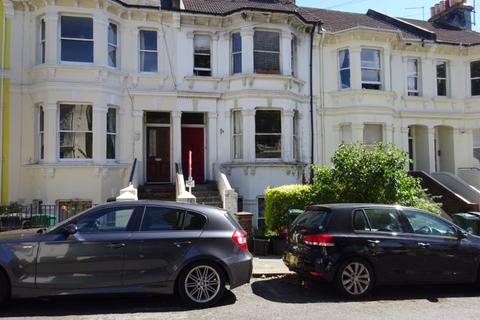 3 bedroom property to rent - Springfield Road, Brighton