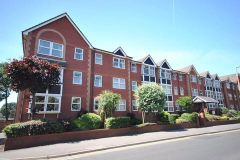 2 bedroom retirement property - St Andrews Road North, LYTHAM ST ANNES, FY8