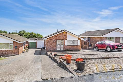 2 bedroom detached bungalow for sale - Slonk Hill Road, Shoreham-By-Sea