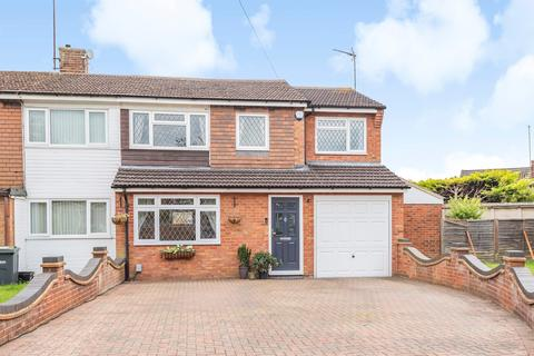 3 bedroom semi-detached house for sale - Fairfax Avenue, Luton, LU3