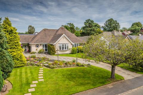 3 bedroom detached bungalow for sale - Anglesey Drive, Poynton, Stockport, SK12