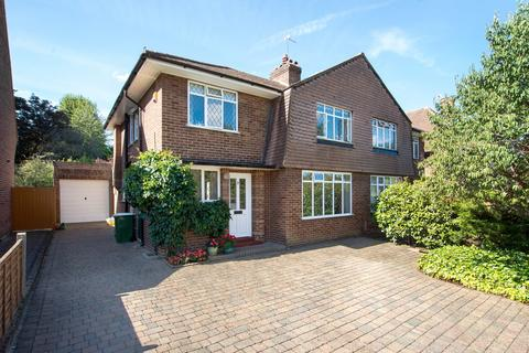 3 bedroom semi-detached house for sale - The Spinney, Sidcup, DA14