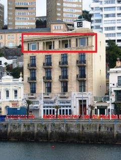 Property to rent - Harbour Point, Victoria Parade, Torquay