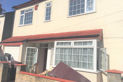 5 bedroom terraced house for sale - Elmdene Road, London, SE18