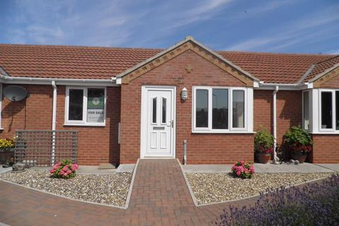 2 bedroom terraced bungalow for sale - The Old Woodyard, WITHERNSEA