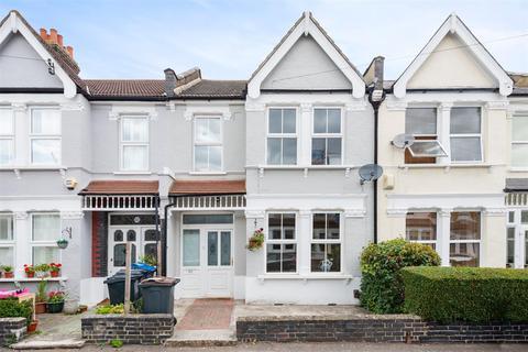 3 bedroom terraced house for sale - Estcourt Road, London