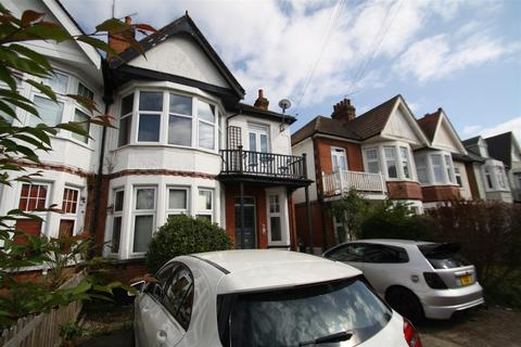 Studio for sale - Whitefriars Crescent, Westcliff-On-Sea