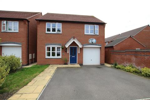 4 bedroom semi-detached house for sale - Perle Road, Burton