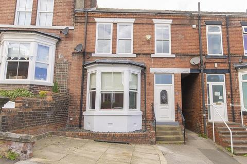 4 bedroom terraced house for sale - Avondale Road, Chesterfield