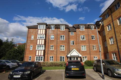 2 bedroom flat for sale - Yukon Road, Turnford, Broxbourne, Herts, EN10