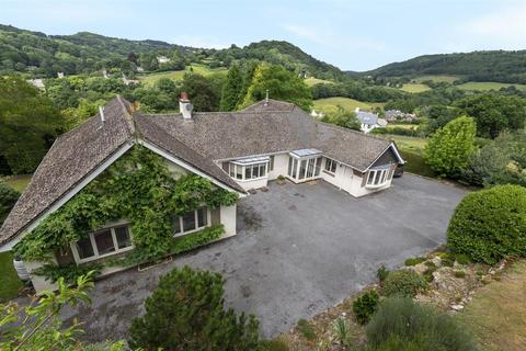 4 bedroom bungalow for sale - Lustleigh, Newton Abbot
