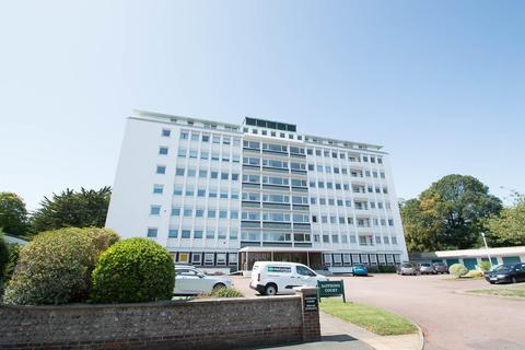 2 bedroom flat - Compton Place Road, Eastbourne