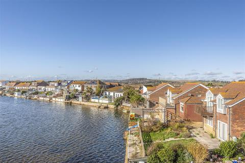 3 bedroom flat to rent - West Beach, Shoreham-By-Sea