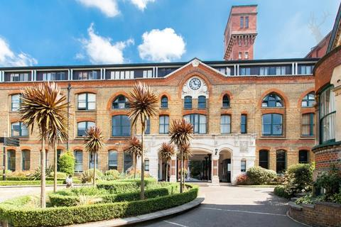 2 bedroom apartment for sale - Manhattan Building, Bow, London