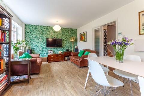 3 bedroom terraced house for sale - Queens Terrace, Thames Ditton