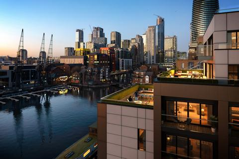 2 bedroom apartment for sale - Dock East, Canary Wharf, E14