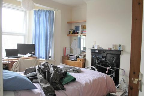 5 bedroom property to rent - Hollingbury Road, BRIGHTON BN1