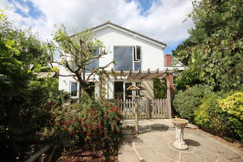 4 bedroom bungalow for sale - Sydney Road, Broadstone, Dorset, BH18