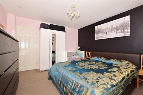 2 bedroom flat for sale - Tonbridge Road, Maidstone, Kent