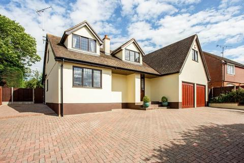5 bedroom detached house for sale - Chelmsford Outskirts, CM1