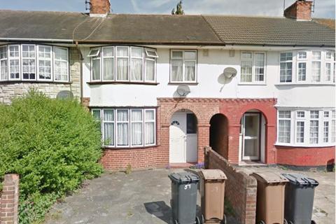3 bedroom terraced house to rent - Pembroke Avenue, Luton, LU4....