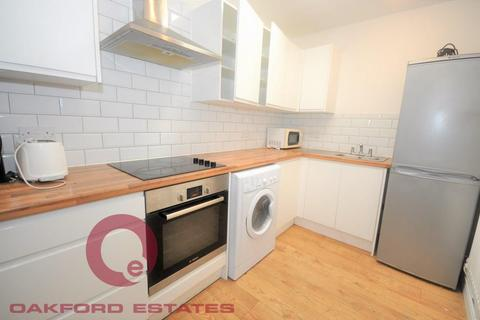 3 bedroom apartment to rent - Prince Regent Mews, Euston, London NW1