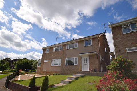 3 bedroom semi-detached house to rent - Chase Avenue, Charlton Kings, CHELTENHAM, Gloucestershire, GL52