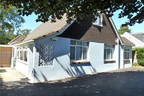 4 bedroom bungalow for sale - Redhill Drive, Redhill,  Bournemouth, BH10