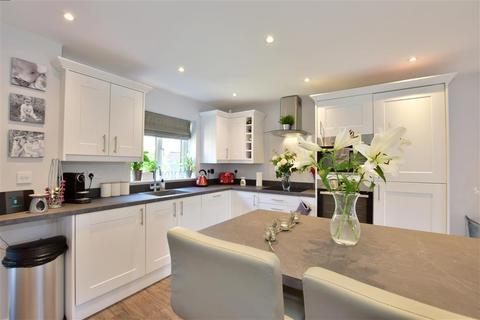 3 bedroom terraced house - Morley Drive, Horsmonden, Tonbridge, Kent