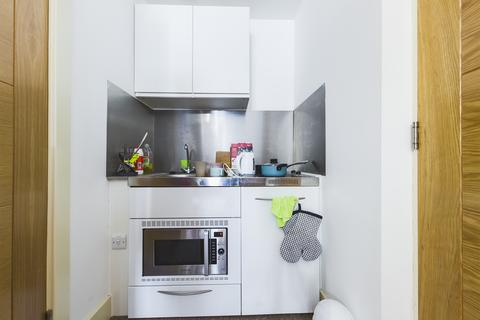 Studio to rent - Room 5, Castle Street, Brighton BN1
