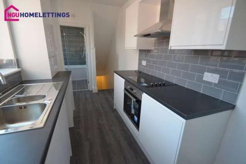 3 bedroom flat to rent - Dacre Street, South Shields